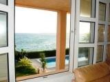 Вид из окна на море